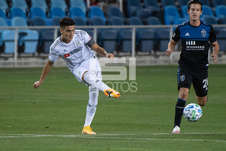 SAN JOSE, CA - NOVEMBER 04: Eduard Atuesta #20 of the Los Angeles FC passes the ball during a game between Los Angeles FC and San Jose Earthquakes at Earthquakes Stadium on November 04, 2020 in San Jose, California.