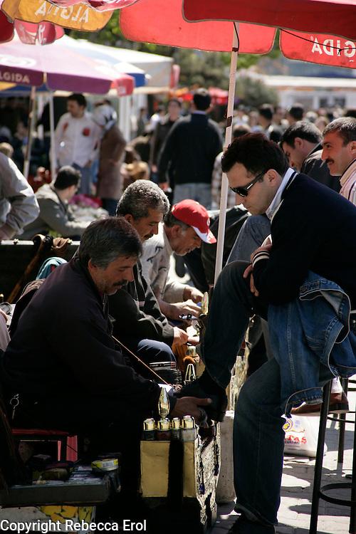 Shoeshining, Istanbul, Turkey