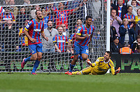 Pictured: Lukasz Fabianski of Swansea (R) protests to match referee<br />