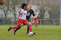 Zulte Waregem's forward Esther Buabadi (L)  and Woluwe's Stefanie Deville (R)  pictured during a female soccer game between SV Zulte - Waregem and White Star Woluwe on the 9th matchday of the 2020 - 2021 season of Belgian Scooore Women s SuperLeague , saturday 12 th of December 2020  in Waregem , Belgium . PHOTO SPORTPIX.BE | SPP | DIRK VUYLSTEKE