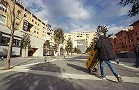 milano, quartiere bicocca, periferia nord. un addetto alla consegna di acqua a domicilio --- milan, bicocca district, north periphery. water delivery