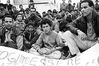 - evacuation of north Africans immigrants from an illicit encampment at Milan north periphery ....- sgombero di immigrati nord africani da un accampamento abusivo alla periferia nord di Milano