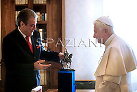 Pope Benedict XVI meets with Albania's Prime Minister Sali Berisha in his private library at the Vatican, 12 December 2009.