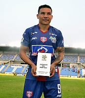 SANTA MARTA- COLOMBIA, 03-03-2019: Luis Carlos Arias jugador del Unión Magdalena  elegido el mejor jugador del partido ante el Deportivo Pasto  durante partido por fecha 8 de la Liga Águila I 2019 jugado en el estadio Sierra Nevada de la ciudad de Santa Marta. / Luis Carlos Arias Union Magdalena player elected the best player of the match against Deportivo Pasto during match for the date 8 as part of the  Aguila League  I 2019 played at the Sierra Nevada Stadium in Santa Marta  city. Photo: VizzorImage /Gustavo Pacheco / Contribuidor