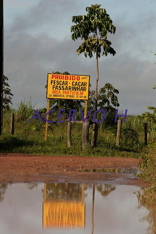 Lixões da floresta.<br /> <br /> Lixão de Caraparu<br /> Foto Paulo Santos<br /> Santa Izabel , Pará, Brasil<br /> 31/03/2011