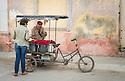 27/07/18<br /> <br /> Flower seller, Trinidad, Cuba.<br /> <br /> All Rights Reserved, F Stop Press Ltd. (0)1335 344240 +44 (0)7765 242650  www.fstoppress.com rod@fstoppress.com