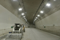 "LA LINEA - COLOMBIA, 29-08-2020: Túnel Osos. El túnel principal ""La Línea"" tiene una longitud de  8,65 km y hace parte de El Túnel de La Línea el proyecto de infraestructura vial más importnate de Colombia que está es fase final de construcción conectará de manera eficiente los departamentos colombianos de Quindío y Tolima. El plan además consta de 24 puentes y 20 túneles de diferentes longitudes. / Osos tunnel. The main tunnel ""La Línea"" has a length of 8.65 km and is part of El Túnel de La Línea, the most important road infrastructure project in Colombia, which is in the final phase of construction and will efficiently connect the Colombian departments of Quindío and Tolima. The plan also consists of 24 bridges and 20 tunnels of different lengths. Photo: VizzorImage / Gabriel Aponte / Staff"