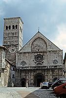 Italy: Assisi--Duomo San Rufino, 12th century. Photo '85.