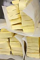 Europe/France/Bretagne/56/Morbihan/ Belle-Ile-en-Mer/Le Palais: Biscuiterie artisanale: La Bien Nommée - le beurre demi-sel qui va servir à fabriquer les biscuits