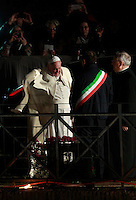 Papa Francesco arriva alla Via Crucis al Colosseo, Roma, 18 aprile 2014.<br /> Pope Francis arrives for the Via Crucis (Way of the Cross) torchlight procession at the Colosseum, Rome, 18 April 2014.<br /> UPDATE IMAGES PRESS/Isabella Bonotto<br /> <br /> STRICTLY ONLY FOR EDITORIAL USE