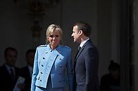France. Paris (75)- CÈrÈmonie d'installation de M. Emmanuel Macron, PrÈsident de la RÈpublique au Palais de l'ElysÈe avec sa femme Brigitte