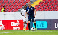 GUADALAJARA, MEXICO - MARCH 28: Jackson Yueill #6 of the United States looking for an open teammate during a game between Honduras and USMNT U-23 at Estadio Jalisco on March 28, 2021 in Guadalajara, Mexico.
