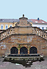 Neunröhrenbrunnen, Brunnenanlage (17. Jh) auf dem Neunröhrenplatz in Wörrstadt