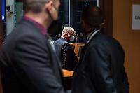 """107. Sitzung des """"1. Untersuchungsausschuss"""" der 19. Legislaturperiode des Deutschen Bundestag am Donnerstag den 5. November 2020 zur Aufklaerung des Terroranschlag durch den islamistischen Terroristen Anis Amri auf den Weihnachtsmarkt am Berliner Breitscheidplatz im Dezember 2016.<br /> Als Zeugen waren unter anderem der Praesident des Bundeskriminalamtes, Holger Muench, der Praesident des Bundesnachrichtendienstes Dr. Bruno Kahl, ein nichtoeffentlicher Zeuge des Bundesamt fuer Verfassungsschutz und der Rechtsextremist und Pegida-Gruender Lutz Bachmann geladen.<br /> Im Bild: Bruno Kahl vor der Zeugenvernehmung.<br /> 5.11.2020, Berlin<br /> Copyright: Christian-Ditsch.de<br /> [NUR FUER REDAKTIONELLE ZWECKE! Werbung nur auf Anfrage beim Fotografen. Inhaltsveraendernde Manipulation des Fotos nur nach ausdruecklicher Genehmigung des Fotografen. Vereinbarungen ueber Abtretung von Persoenlichkeitsrechten/Model Release der abgebildeten Person/Personen liegen nicht vor. NO MODEL RELEASE! Don't publish without copyright Christian-Ditsch.de, Veroeffentlichung nur mit Fotografennennung, sowie gegen Honorar, MwSt. und Beleg. Konto: I N G - D i B a, IBAN DE58500105175400192269, BIC INGDDEFFXXX, Kontakt: post@christian-ditsch.de<br /> Bei der Bearbeitung der Dateiinformationen darf die Urheberkennzeichnung in den EXIF- und  IPTC-Daten nicht entfernt werden, diese sind in digitalen Medien nach §95c UrhG rechtlich geschuetzt. Der Urhebervermerk wird gemaess §13 UrhG verlangt.]"""