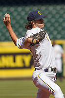 California Golden Bears starter Justin Jones #23 delivers a pitch during the NCAA baseball game against the Baylor Bears on March 1st, 2013 at Minute Maid Park in Houston, Texas. Baylor defeated Cal 9-0. (Andrew Woolley/Four Seam Images).