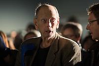 Nach zwei Jahren ohne eigene Ausstellungsraeume eroeffnet die Galerie fuer Photographie C/O Berlin am 30. Oktober 2014 am neuen Standort im Amerika Haus am Bahnhof Zoo in der Hardenbergstraße 22-24 in Berlin-Charlottenburg.<br /> Am Mittwoch den 29. Oktober 2014 gab es ein Opening fuer die Presse.<br /> Im Bild: Will McBride, in Deutschland lebender US-amerikanischer Fotograf.<br /> 29.10.2014, Berlin<br /> Copyright: Christian-Ditsch.de<br /> [Inhaltsveraendernde Manipulation des Fotos nur nach ausdruecklicher Genehmigung des Fotografen. Vereinbarungen ueber Abtretung von Persoenlichkeitsrechten/Model Release der abgebildeten Person/Personen liegen nicht vor. NO MODEL RELEASE! Don't publish without copyright Christian-Ditsch.de, Veroeffentlichung nur mit Fotografennennung, sowie gegen Honorar, MwSt. und Beleg. Konto: I N G - D i B a, IBAN DE58500105175400192269, BIC INGDDEFFXXX, Kontakt: post@christian-ditsch.de<br /> Urhebervermerk wird gemaess Paragraph 13 UHG verlangt.]