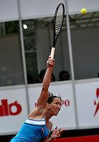 BOGOTA - COLOMBIA - FEBRERO 21-02-2013: Jelena Jankovic de Serbia, en acción, durante partido por la Copa de Tenis WTA Bogotá, febrero 21 de 2013. (Foto: VizzorImage / Luis Ramírez / Staff).  Jelena Jankovic from Serbia in action, during a match for the WTA Bogota Tennis Cup, on February 21, 2013, in Bogota, Colombia. (Photo: VizzorImage / Luis Ramirez / Staff) ..............