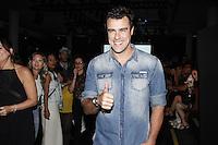 SÃO PAULO,SP, 23.10.2015 - FASHION-WEEK -  Joaquim Lopes momentos antes do desfile da grife Colcci durante o São Paulo Fashion Week (SPFW), em São Paulo (SP), nesta sexta-feira (23).  (Foto: Paduardo/Brazil Photo Press)