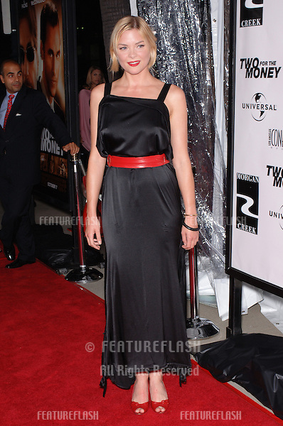 Actress JAIME KING at the world premiere, in Beverly Hills, of her new movie Two For The Money..September 26, 2005  Beverly Hills, CA..© 2005 Paul Smith / Featureflash