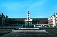 Sir Christopher Wren: Royal Hospital Chelsea. Frontal elevation. Photo '79.