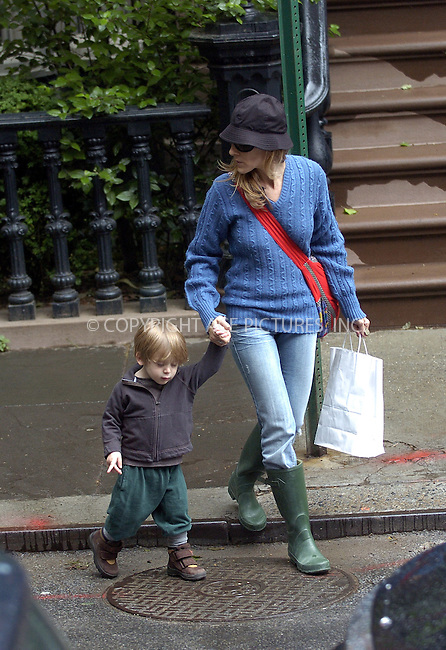 WWW.ACEPIXS.COM . . . . .  ....NEW YORK, MAY 20, 2005....Sarah Jessica Parker takes son James out for a rainy play date in Central Park..... Please byline: Ian Wingfield - ACE PICTURES..... *** ***..Ace Pictures, Inc:  ..Craig Ashby (212) 243-8787..e-mail: picturedesk@acepixs.com..web: http://www.acepixs.com