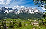 Austria, Tyrol, Reith near Kitzbuehel: panoramic view at Wilder Kaiser mountains | Oesterreich, Tirol, oberhalb von Going: Panoramablick auf das Wilder Kaiser Gebirge