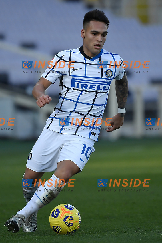 Lautaro Martinez of FC Internazionale in action during the Italy Cup round of 16 football match between ACF Fiorentina and FC Internazionale at Artemio Franchi stadium in Firenze (Italy), January 13th, 2021. Photo Andrea Staccioli / Insidefoto