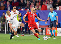 03.04.2018, Football UEFA Champions League 2017/2018,   FC Sevilla - FC Bayern Muenchen, stadium Ramon Sanchez Pizjuan, Sevilla (spain). v.li: Guido Pizarro (FC Sevilla)  -  Arjen Robben (FC Bayern Muenchen). *** Local Caption *** © pixathlon<br /> <br /> Contact: +49-40-22 63 02 60 , info@pixathlon.de
