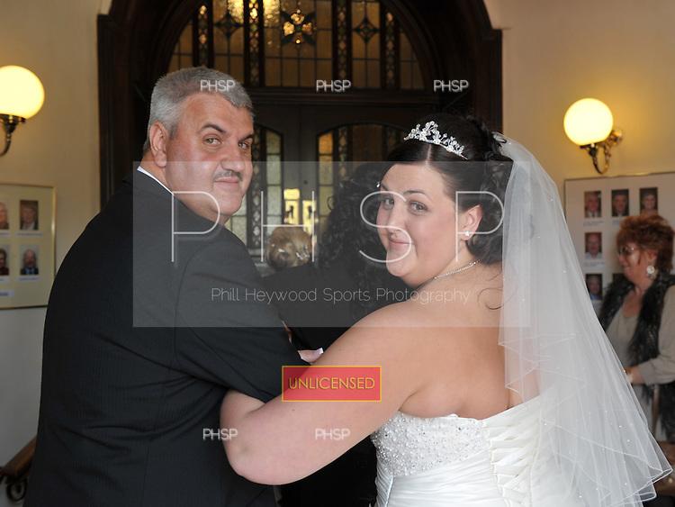 11/06/2011 Dan and Amy Goldfinch wedding......© Phill Heywood.