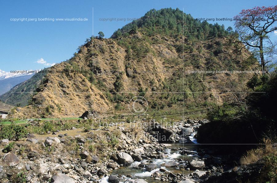 NEPAL Himalaya, erosion due to deforestation, mountain river / NEPAL, Himalaja, Erosion in den Bergen durch Abholzung, Gebirgsfluss