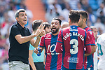 Manager Juan Ramon Lopez Muniz of Levante UD (L) gives instruction to players during the La Liga match between Real Madrid and Levante UD at the Estadio Santiago Bernabeu on 09 September 2017 in Madrid, Spain. Photo by Diego Gonzalez / Power Sport Images
