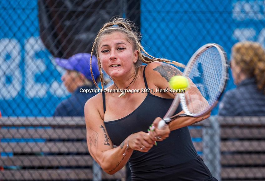 Amstelveen, Netherlands, 7 Juli, 2021, National Tennis Center, NTC, Amstelveen Womans Open, Andreea Prisacariu (ROU)<br /> Photo: Henk Koster/tennisimages.com