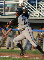 June 25, 2003:  Shortstop Javiar Guzman of the Williamsport Crosscutters, Short Season Class-A affiliate of the Pittsburgh Pirates, during a NY-Penn League game at Dwyer Stadium in Batavia, NY.  Photo by:  Mike Janes/Four Seam Images