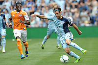 Graham Zusi (8) midfield Sporting KC in action..Sporting Kansas City and Houston Dynamo played to a 1-1 tie at Sporting Park, Kansas City, Kansas.