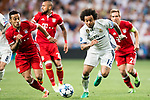 Marcelo Vieira Da Silva (r) of Real Madrid battles for the ball with Thiago of FC Bayern Munich during their 2016-17 UEFA Champions League Quarter-finals second leg match between Real Madrid and FC Bayern Munich at the Estadio Santiago Bernabeu on 18 April 2017 in Madrid, Spain. Photo by Diego Gonzalez Souto / Power Sport Images