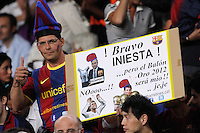 02/09/2012 - Liga Football Spain, FC Barcelona vs. Valencia CF Matchday 3 - Iniesta awarded best european player 2012 - supporter