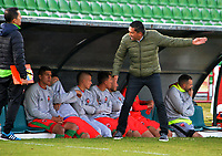 TUNJA-COLOMBIA, 21-09-2019: Diego Corredor, técnico de Patriotas Boyacá, gesticula durante partido de la fecha 12 entre Patriotas Boyacá y Atlético Huila, por la Liga Águila II 2019, jugado en el estadio La Independencia de la ciudad de Tunja. / Diego Corredor, coach of Patriotas Boyaca gestures during a match of the 12th date between Patriotas Boyaca and Atletico Huila, for the Aguila Leguaje II 2019 played at the La Independencia stadium in Tunja city. / Photo: VizzorImage / José Miguel Palencia / Cont.