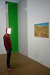 PIERRE HUYGHE<br /> <br /> Masque Player (2010)<br /> Lieu : Centre Pompidou<br /> Ville : Paris<br /> Le : 24/11/2013