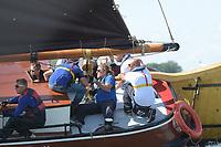 ZEILEN: FRYSLÂN: SKS Sintrale Kommisje Skûtsjesilen, ©foto Martin de Jong