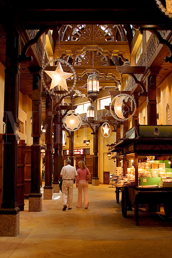 Dubai, United Arab Emirates.. European tourists shopping in.Souk at Madinat Jumeirah/Jumeira.