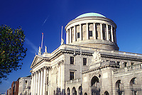 AJ0955, Europe, Republic of Ireland, Ireland, Dublin, The Four Courts building houses the Irish Law Courts in Dublin in County Dublin.