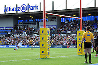 Gareth Steenson of Exeter Chiefs takes a penalty kick at Allianz Park