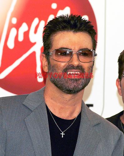 George Michael 2004 at Virgin Megastore in Hollywood<br />© Chris Walter