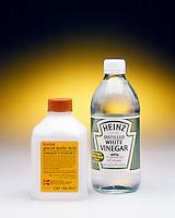 GLACIAL ACETIC ACID & HOUSEHOLD WHITE VINEGAR<br /> Acetic acid is a familiar laboratory weak acid. It is also the active ingredient in vinegar.