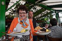 Europe/France/Aquitaine/33/Gironde/Bassin d'Arcachon/Le Cap Ferret: Bernardette Lescarret restaurant: Chez Hortense, à la Pointe [Non destiné à un usage publicitaire - Not intended for an advertising use]