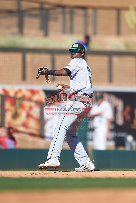 Salt River Rafters shortstop Geraldo Perdomo (7), of the Arizona Diamondbacks organization, throws to first base during the Arizona Fall League Championship Game against the Surprise Saguaros on October 26, 2019 at Salt River Fields at Talking Stick in Scottsdale, Arizona. The Rafters defeated the Saguaros 5-1. (Zachary Lucy/Four Seam Images)