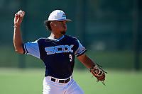 Rece Hinds during the WWBA World Championship at the Roger Dean Complex on October 18, 2018 in Jupiter, Florida.  Rece Hinds is a shortstop from Niceville, Florida who attends IMG Academy and is committed to Louisiana State.  (Mike Janes/Four Seam Images)