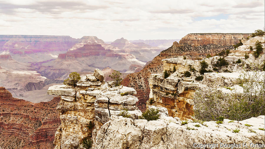 Rim Trail view, South Rim, Grand Canyon National Park, Arizona, USA