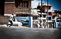 Muslim protesters held stone pelting on streets of Srinagar. Clashes spark on downtown against human rights violations by indian police after a teenager was killed under police custody earlier this week.