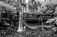 Monochrome_Waterfalls